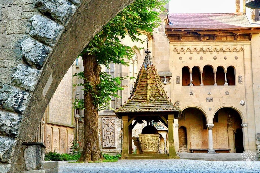 Niederösterreich Burg Kreuzenstein (5079)